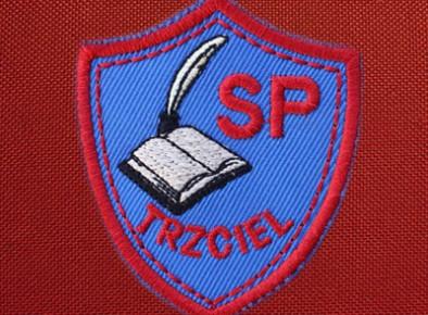 haftowana tarcza szkolna SP Trzciel